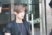 金賢重2012 Kim Hyun Joong Fan Meeting Tour寫真:120611金賢重北京下榻飯店出來by愛賢21度 C2.jpg