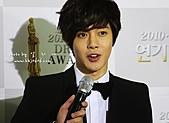 金賢重:2010MBC演技大賞:2010MBC演技大賞紅地毯_金賢重65.jpg