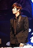101210SS501許永生, 金奎鐘泰國Fan Meeting:101210奎水泰國FM-orange23.jpg