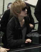 2011金賢重日本巡演表演, 記者會, 機場圖:111108-金浦機場赴日010.jpg
