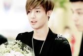金賢重2012 Kim Hyun Joong Fan Meeting Tour寫真:120611金賢重金浦機場by他姓金5.jpg