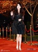 2011SIA(Style Icon Awards)金賢重,少女時代, 朴施厚, 劉亞仁, 南圭麗, 高素榮等眾明星走紅地毯, 領獎, 表演圖:IU2.jpg