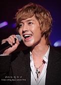 2011金賢重日本巡演表演, 記者會, 機場圖:111123日本巡演-福岡038.jpg