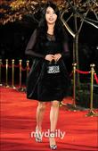 2011SIA(Style Icon Awards)金賢重,少女時代, 朴施厚, 劉亞仁, 南圭麗, 高素榮等眾明星走紅地毯, 領獎, 表演圖:IU5.jpg