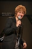 2011金賢重日本巡演表演, 記者會, 機場圖:111109-日本巡演-大阪-036.jpg