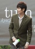 金奎鐘solo專輯Turn Me On封面圖+專輯寫真+MV截圖+飯拍簽名會表演圖:111003仁川fansign-011.jpg