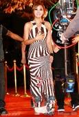 2011SIA(Style Icon Awards)金賢重,少女時代, 朴施厚, 劉亞仁, 南圭麗, 高素榮等眾明星走紅地毯, 領獎, 表演圖:Narsha4.jpg