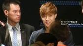 金賢重2012 Kim Hyun Joong Fan Meeting Tour寫真:120518金賢重台北FM-high five-64.jpg