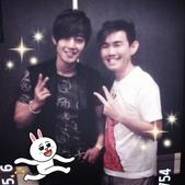 金賢重2012 Kim Hyun Joong Fan Meeting Tour寫真:120502新加坡Radio 1003 DJ Ah Ken.jpg
