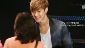 金賢重2012 Kim Hyun Joong Fan Meeting Tour寫真:120518金賢重台北FM-high five-91.jpg