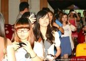 金賢重2012 Kim Hyun Joong Fan Meeting Tour寫真:120531成都FM擊掌-2.jpg