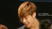 金賢重2012 Kim Hyun Joong Fan Meeting Tour寫真:120518金賢重台北FM-high five-98.jpg