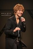 2011金賢重日本巡演表演, 記者會, 機場圖:111109-日本巡演-大阪-049.jpg