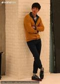 金賢重Hang Ten,Center Pole, 2012, 2011代言圖, 桌布:金賢重Hang Ten 2012秋冬寫真拍攝花絮 7.jpg
