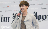 金賢重2012 Kim Hyun Joong Fan Meeting Tour寫真:2012金賢重亞洲FM官網照6.jpg