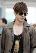金賢重2012 Kim Hyun Joong Fan Meeting Tour寫真:120502仁川機場出發到新加坡-2.jpg