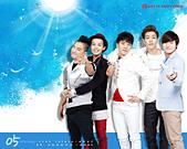 韓國樂天免稅店(Lotte DFS) 2011年1~2012年月明星月曆桌布, 代言圖(崔智友, 玄彬, 宋承憲, 2PM, Big Bang, JYJ, 金賢重, 張根碩, Rain):Big Bang201205-1.jpg