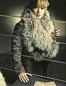 金賢重個人專輯Heat, Lucky韓文版, 日文版寫真+MV截圖+桌布+活動圖:Lucky-限量版028-1.jpg